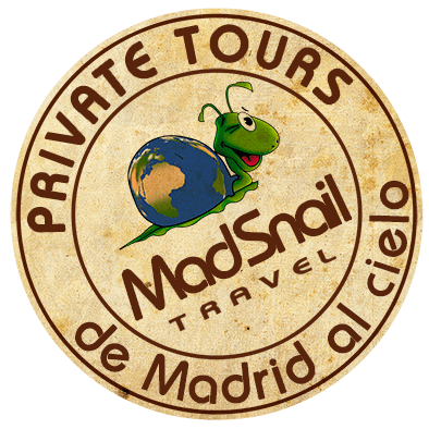 Logo MadsnailTravel, Madrid day trips